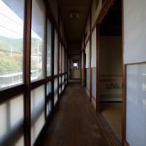 廊下も雰囲気あります