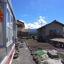 敷地から富士山を望む